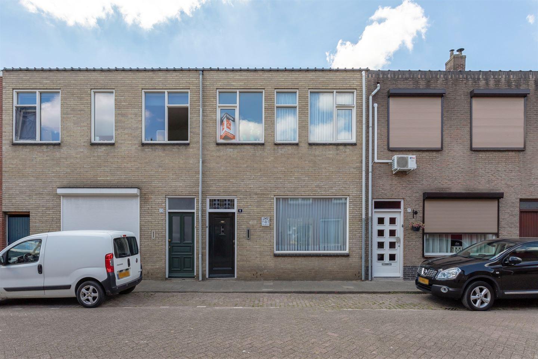 Bekijk foto 1 van Oude Langstraat 11