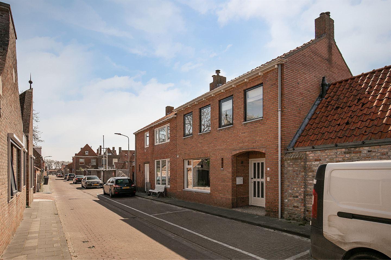 Bekijk foto 2 van St. Jacobstraat 5