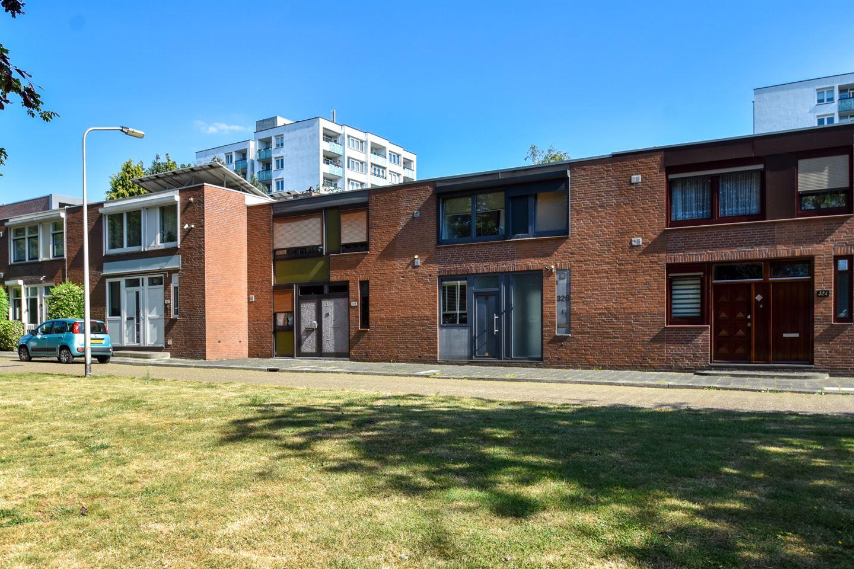 Bekijk foto 1 van Elbereveldstraat 326
