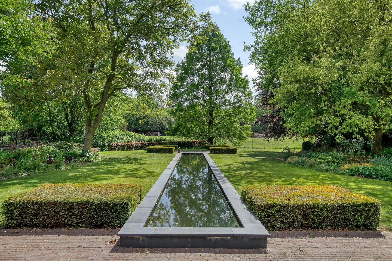 Bekijk foto 2 van Looiseweg 58