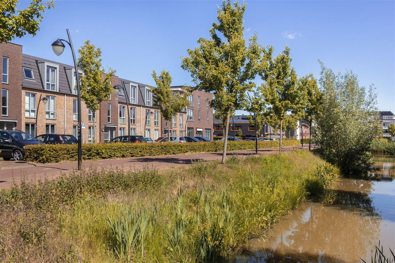 Bekijk foto 2 van Pieter van Vollenhovenstraat 11