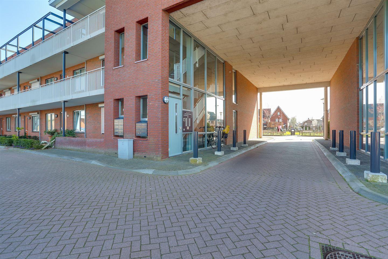 Bekijk foto 2 van Binnenquartier 25