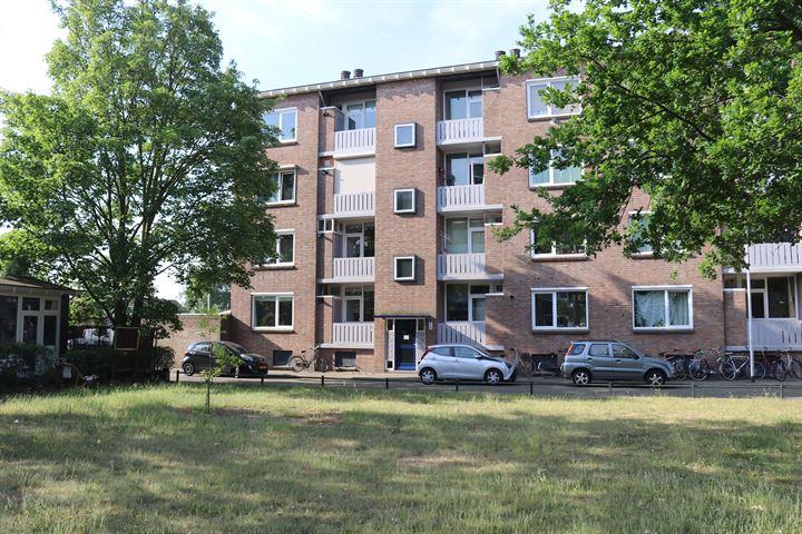 Koolwitjeshof 8