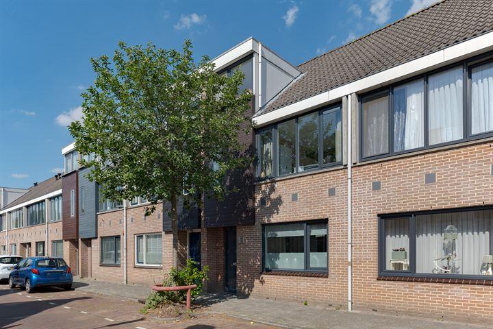 Wilhelminastraat 77
