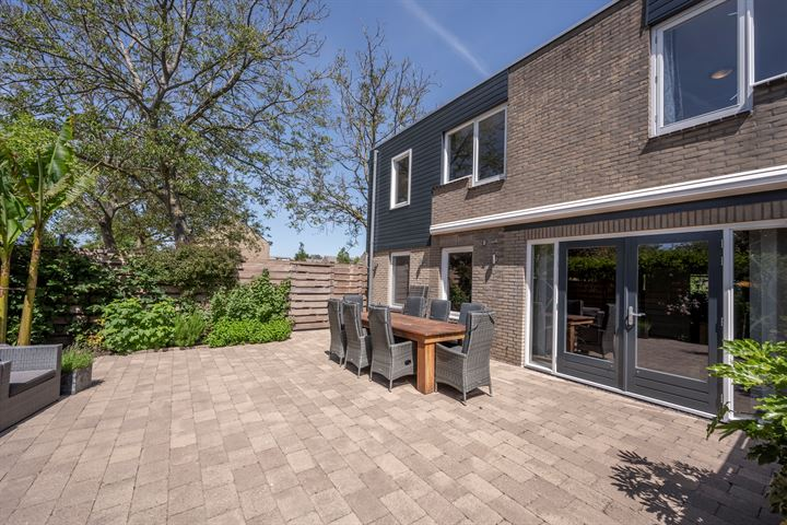 Jan Tooropstraat 15