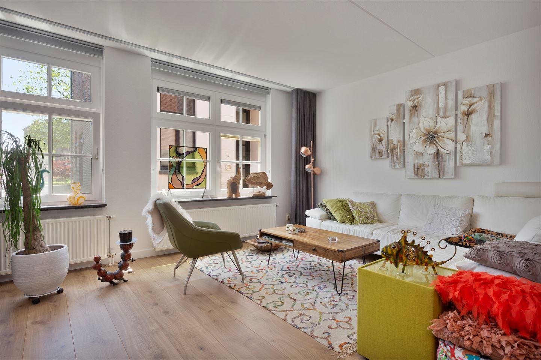 Bekijk foto 2 van Houtstraat 10