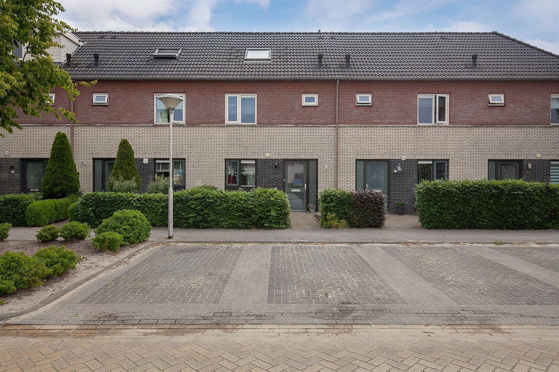 Bekijk foto 1 van Van Laarstraat 14
