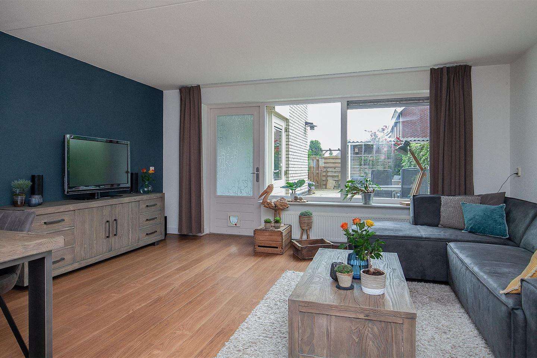 Bekijk foto 5 van Van Laarstraat 14