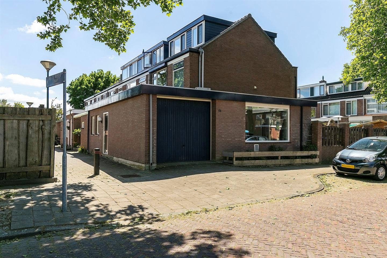 Bekijk foto 2 van Michiel Adriaanszoon de Ruyterstraat 38