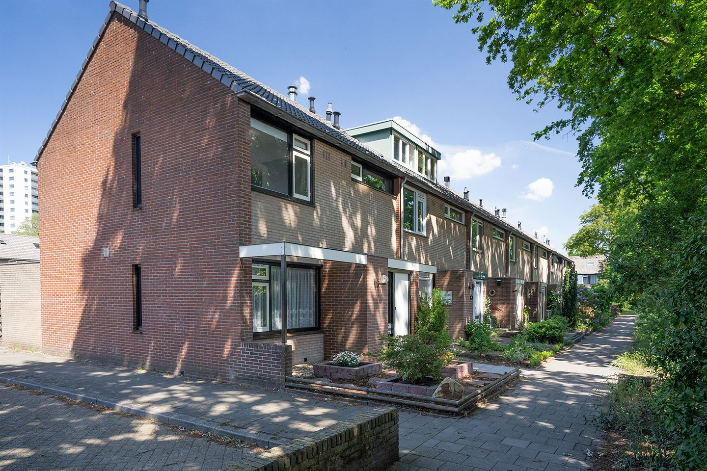 View photo 2 of Kalmoesstraat 38