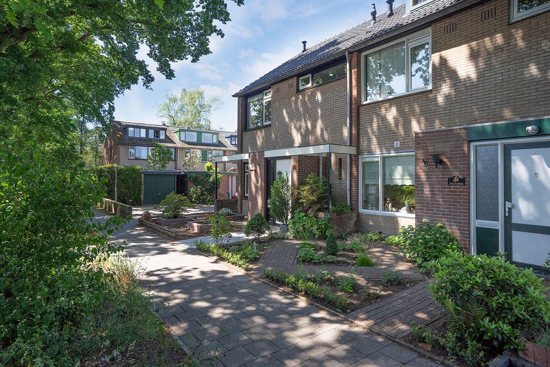 View photo 3 of Kalmoesstraat 38