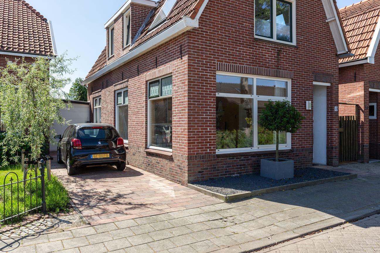 Bekijk foto 4 van Freule van Dorthstraat 49