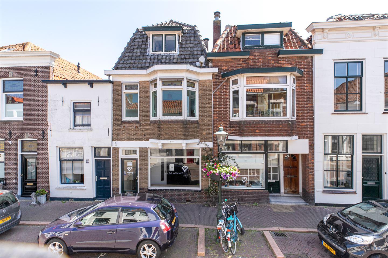 Bekijk foto 1 van Voorstraat 114