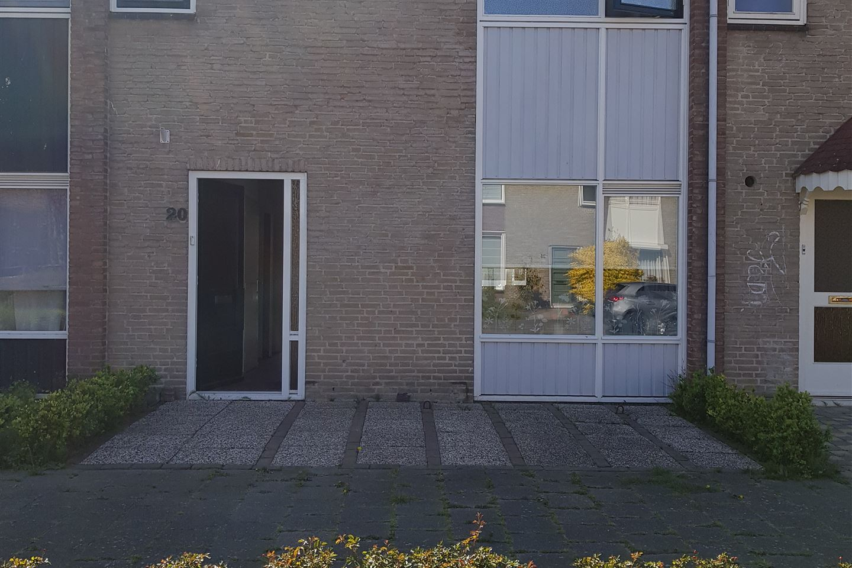 Bekijk foto 1 van Van der Nootlaan 20