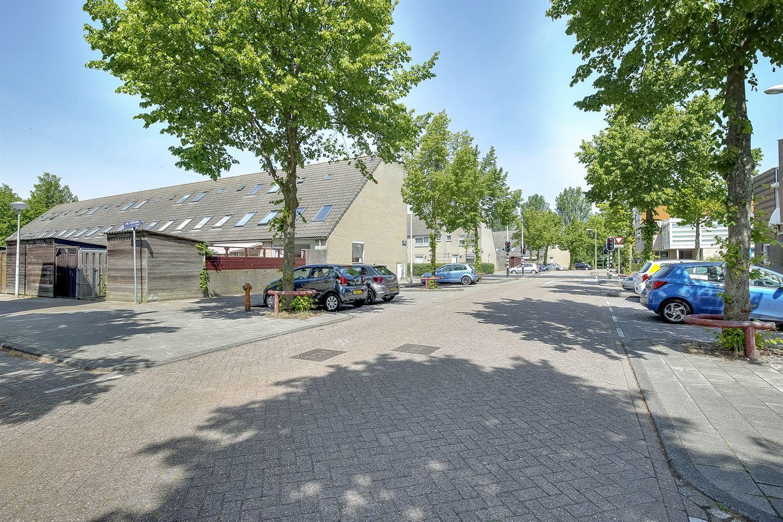 Bekijk foto 2 van Gerardus van der Groeplaan 1