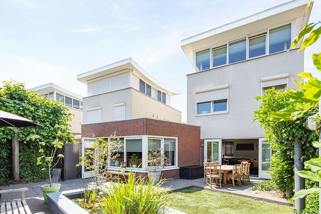 Bekijk foto 1 van Nistelrodestraat 42