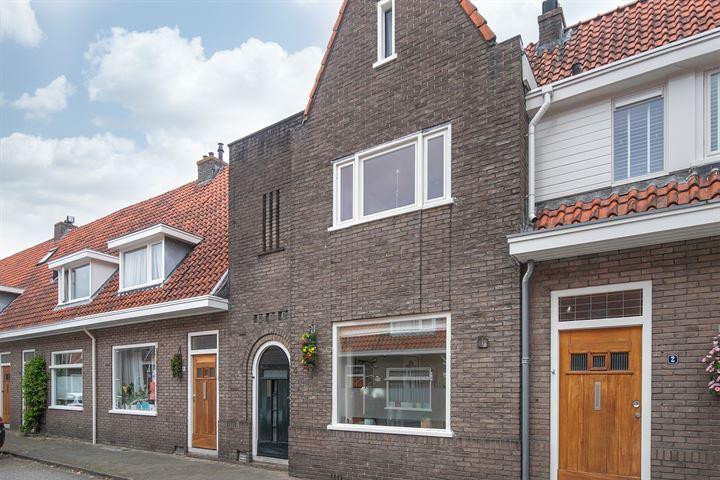 Jasmijnstraat 4