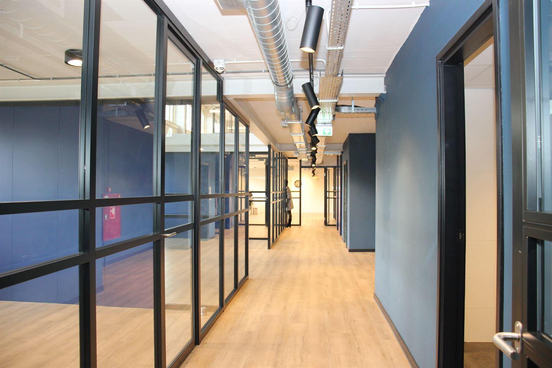 View photo 3 of Isolatorweg 32
