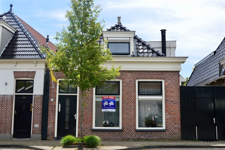 Harlingerstraat 27