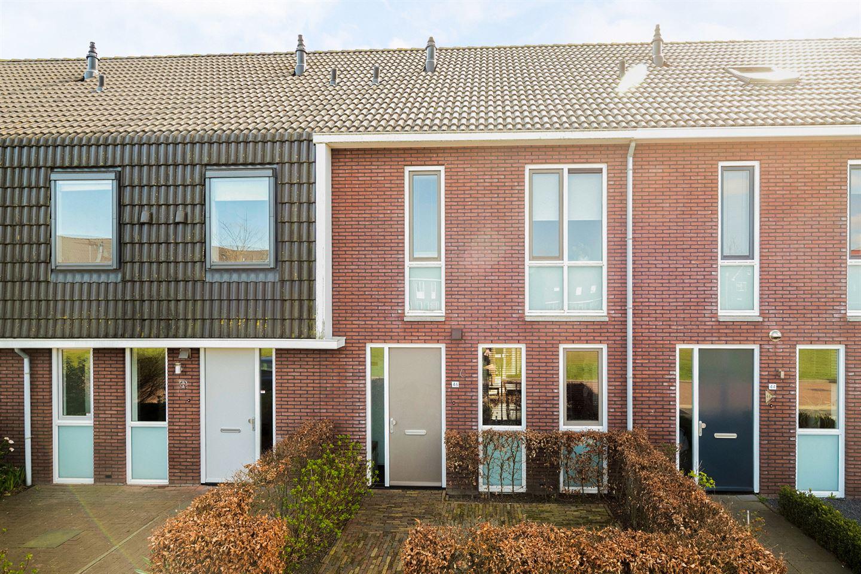 View photo 2 of Colijnhof 46