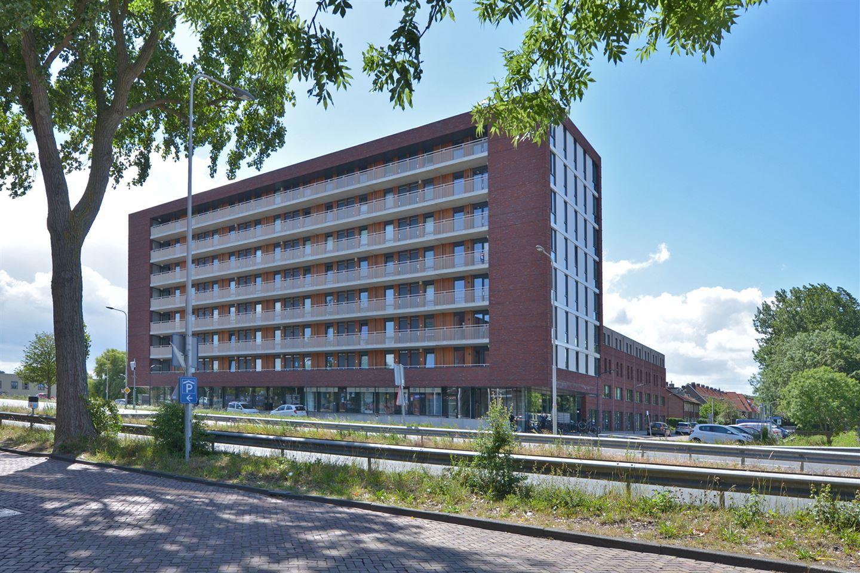 Bekijk foto 2 van Pieter van Musschenbroekstraat 133