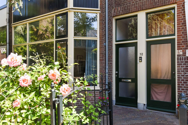 Bekijk foto 2 van Maerten Trompstraat 32