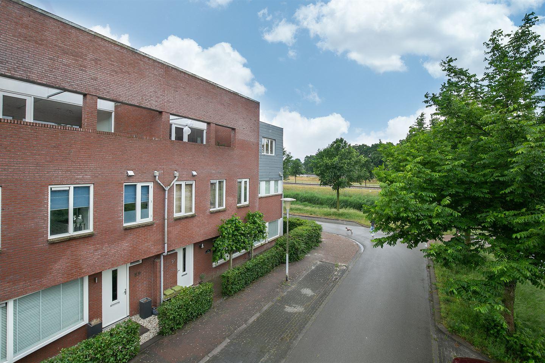 Bekijk foto 1 van Boswalstraat 91