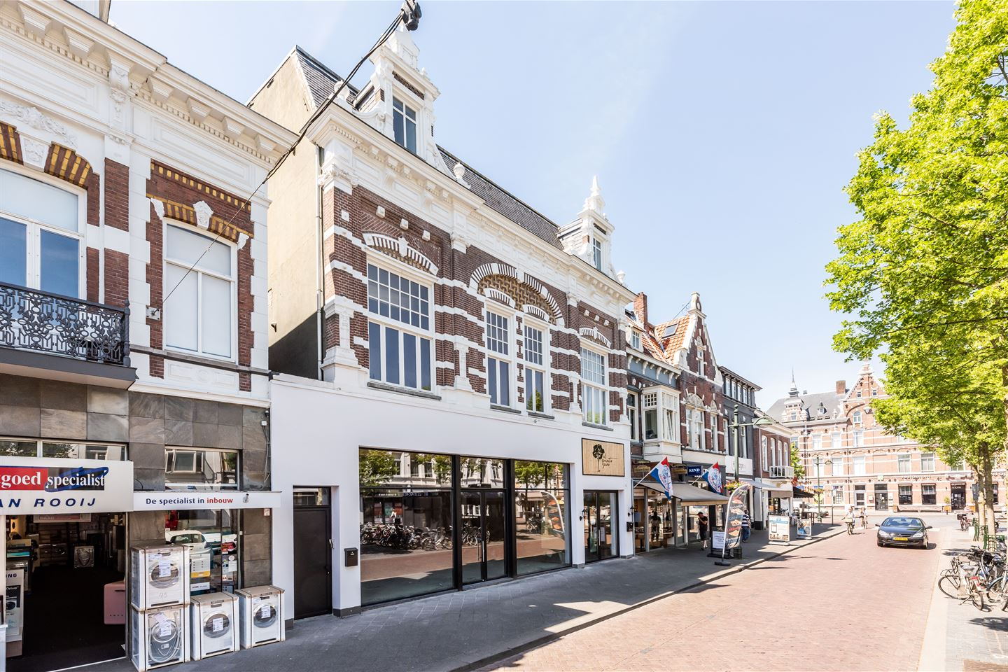 View photo 2 of Nieuwe Ginnekenstraat 10