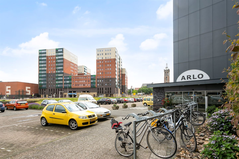Bekijk foto 2 van Arlo 57