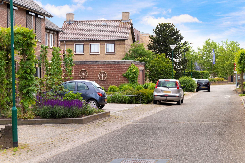 Bekijk foto 3 van Molenstraat 11