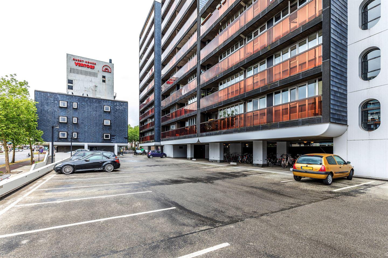 Bekijk foto 2 van Burg. Hustinxstraat 208