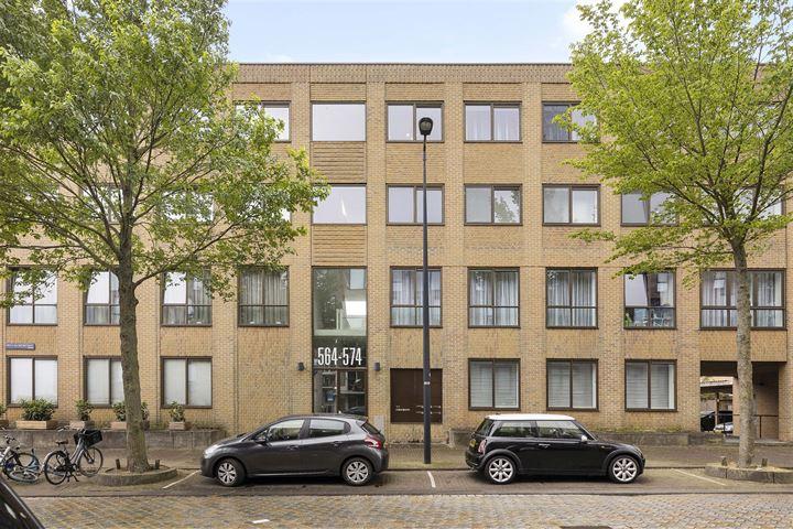 Erich Salomonstraat 572