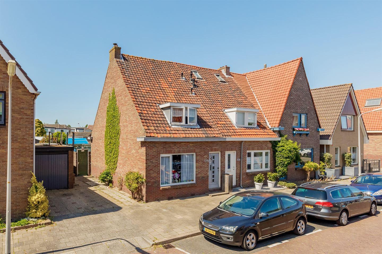 Bekijk foto 1 van Heemskerkerweg 124