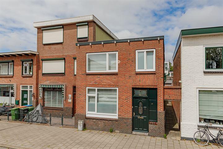 Huygensstraat 45
