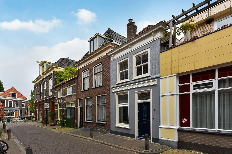 Bekijk foto 1 van Broerhuisstraat 7