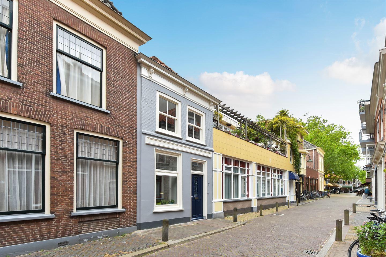 Bekijk foto 3 van Broerhuisstraat 7
