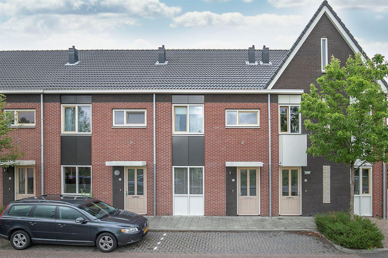 Bekijk foto 1 van Mr. W. Doornbosstraat 7