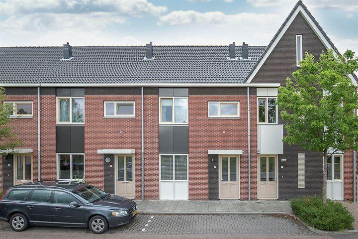 Mr. W. Doornbosstraat 7