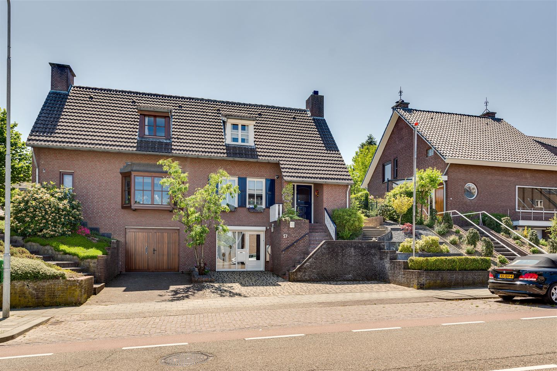 View photo 1 of Klimmenderstraat 57