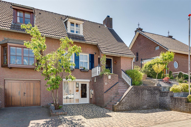 View photo 2 of Klimmenderstraat 57