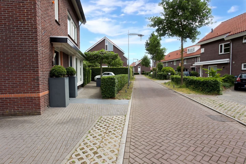 Bekijk foto 3 van Noorburgerbos 7