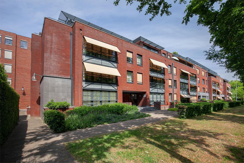 Bekijk foto 1 van Lageweg 46