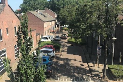 View photo 3 of Molenstraat 98 10