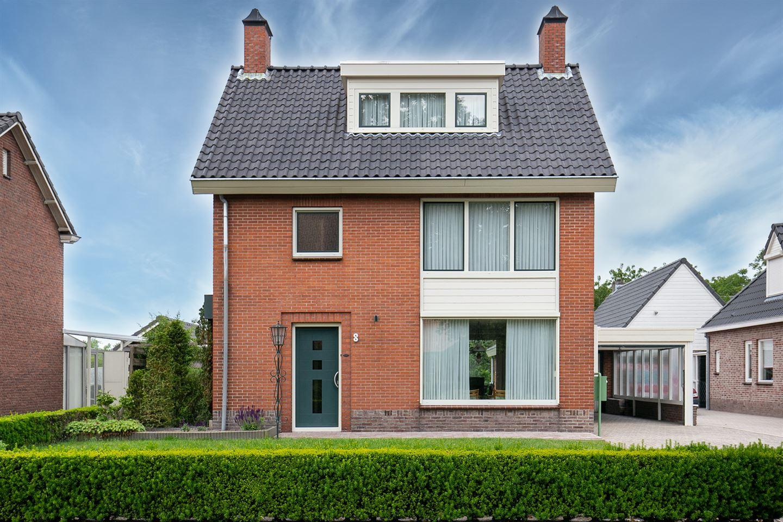 View photo 2 of Kerkstraat 8