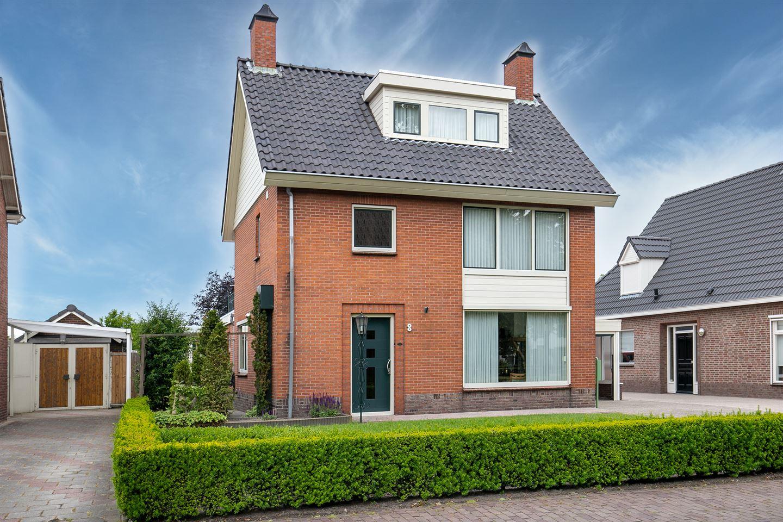 View photo 3 of Kerkstraat 8