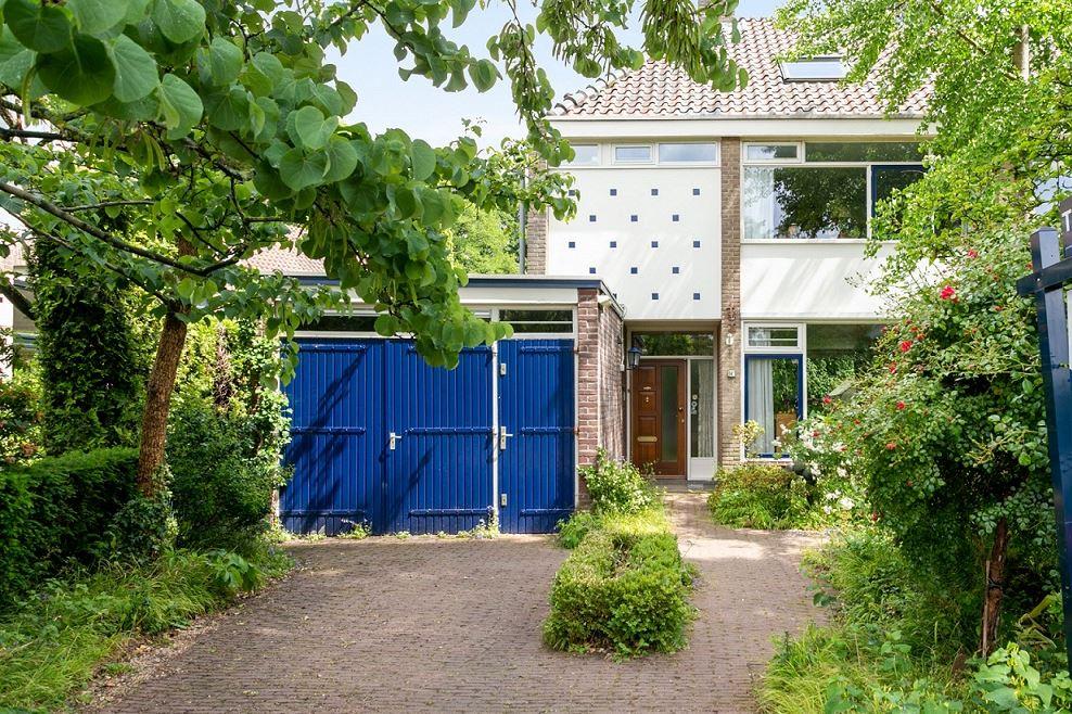View photo 1 of Hogeweg 14 -B