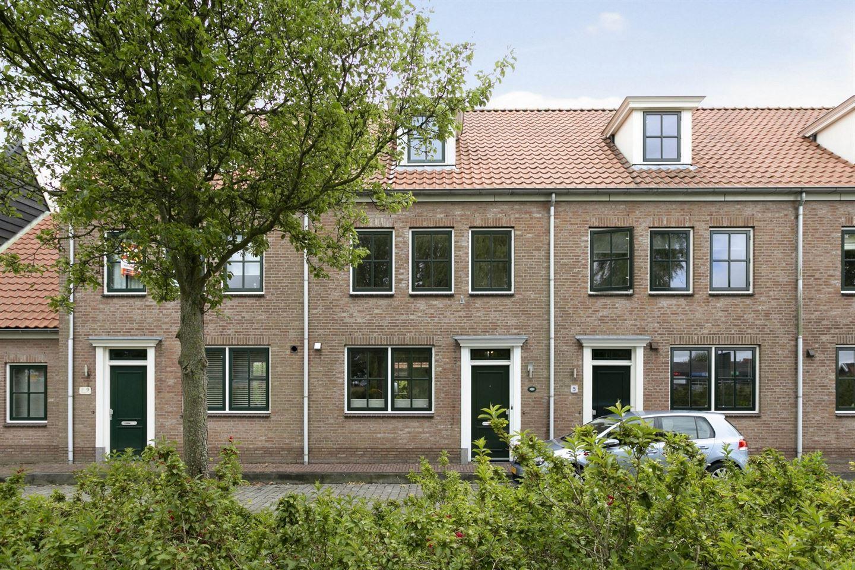 View photo 1 of Waterpoortstraat 7