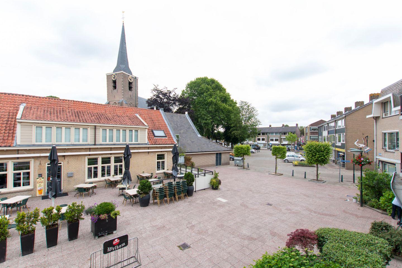 Bekijk foto 3 van Dorpsplein 12