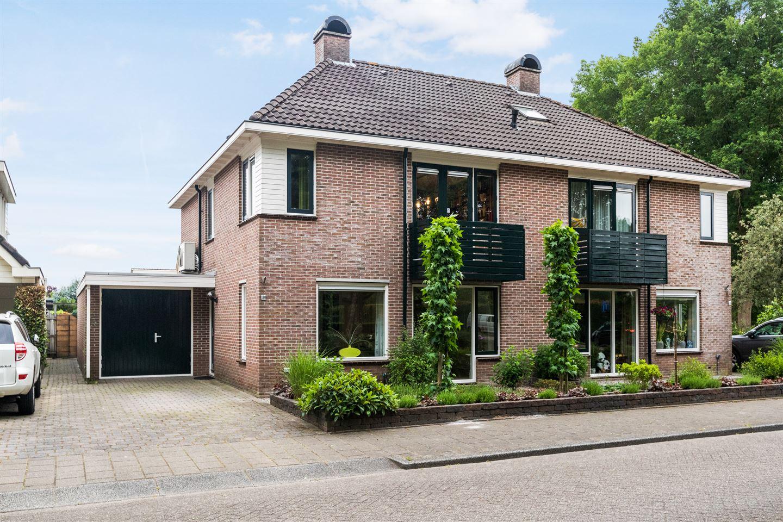 Bekijk foto 1 van Dijkstraat 180