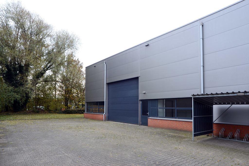 Bekijk foto 3 van Robijnstraat 6